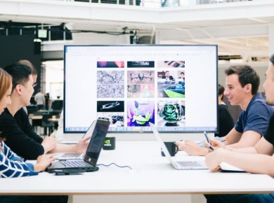 How Technology In The Workplace Has Redefined Our Way of Life