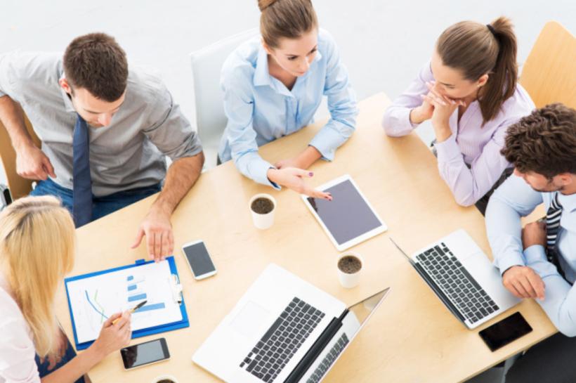 Robo Advisors VS Online Financial Planners