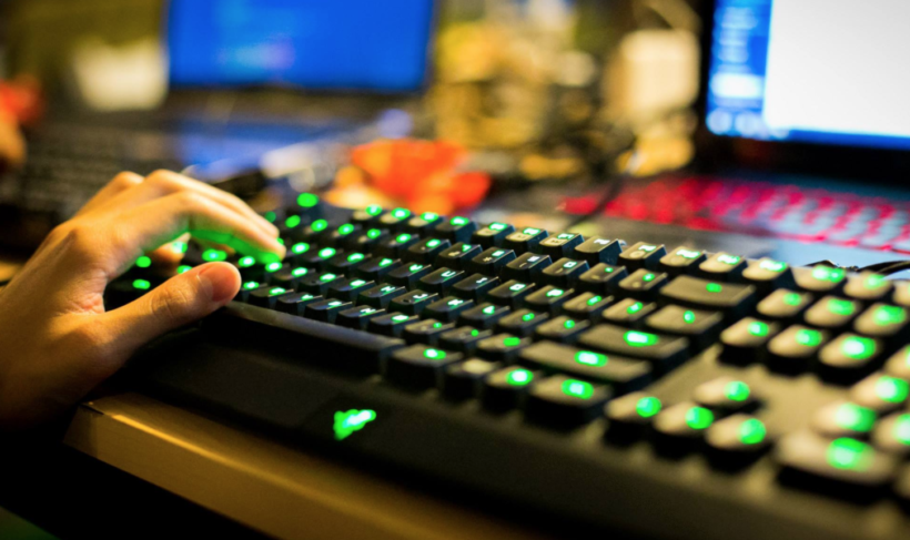 How to Play and Win More When Playing Online Games