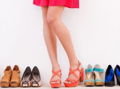 HOW TO CHOOSE THE RIGHT PAIR OF SHOES A SHOPPING GUIDE 01