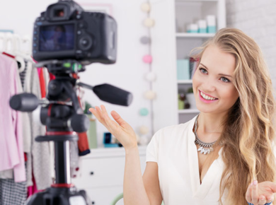 Become a Better Vlogger by Using Scripts